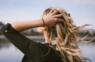 Научете кои са най-добрите витамини за коса. Подхранващи продукти за коса - Ампули за растеж на косата с биотин и протеини