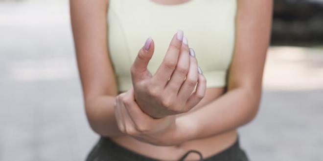 Какво лекарство ще помогне на ставите? Таблетки, билкови добавки или мехлем за болки в ставите? Класиране на най-добрите продукти.